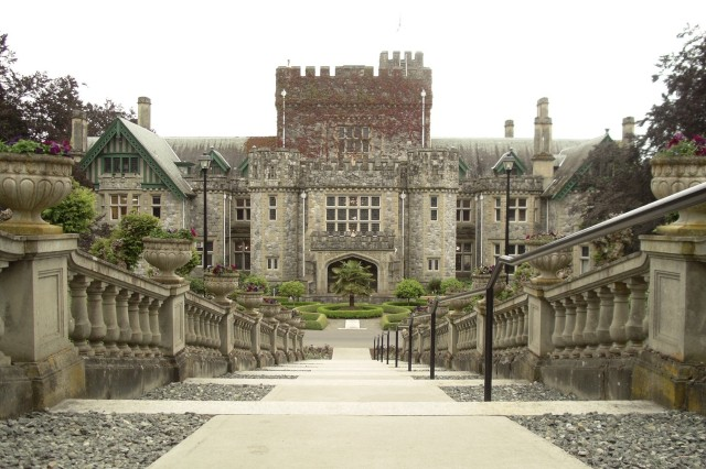 Hatley_Castle