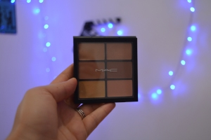 Pro Conceal and Correct Palette 002
